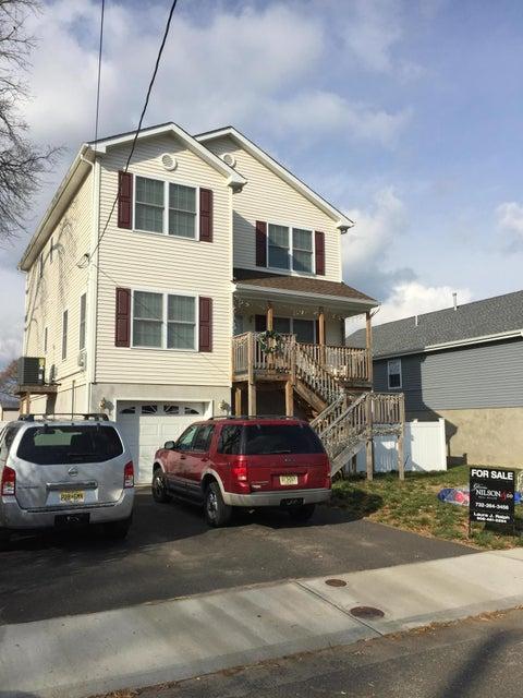 独户住宅 为 销售 在 45 Lawrence Avenue 肯斯堡市, 新泽西州 07734 美国