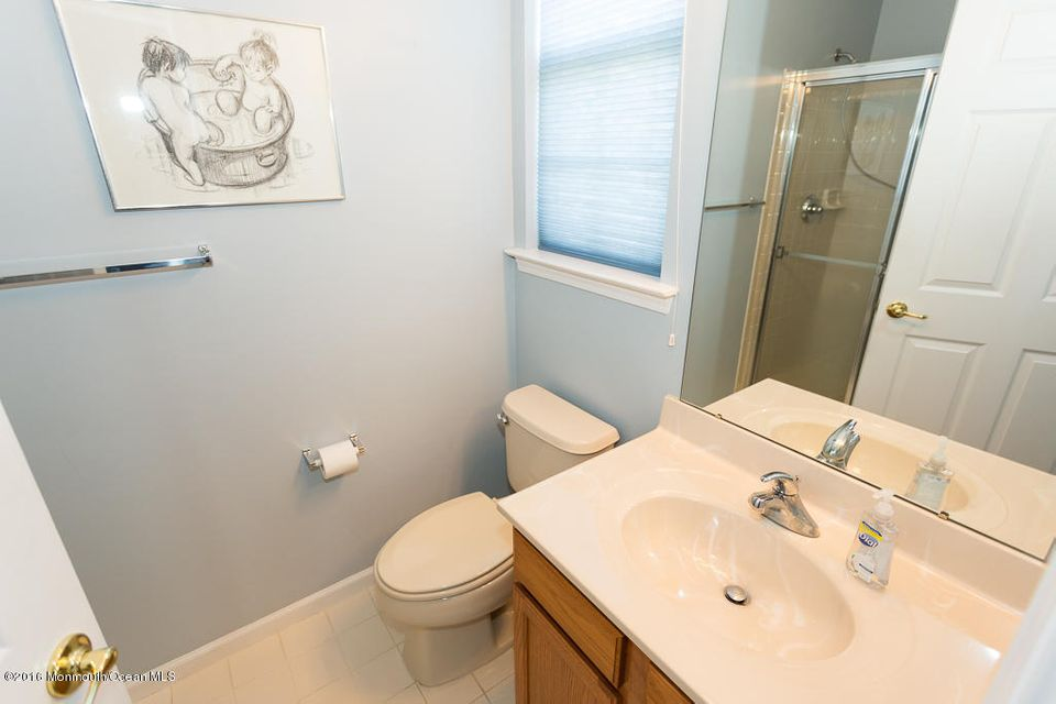 Additional photo for property listing at 27 Deerchase Lane  Lakewood, New Jersey 08701 États-Unis