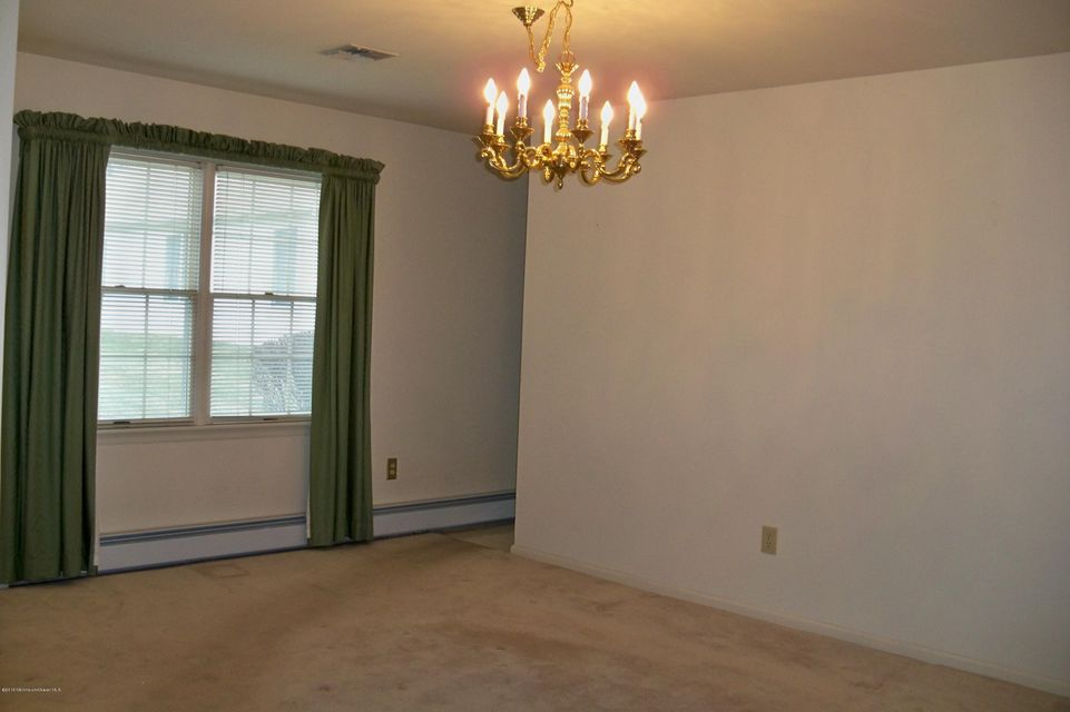 Additional photo for property listing at 2280 Tomera Place  Toms River, New Jersey 08755 États-Unis