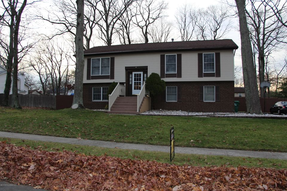 Single Family Home for Sale at 12 Hickory Hill Road Jackson, New Jersey 08527 United States