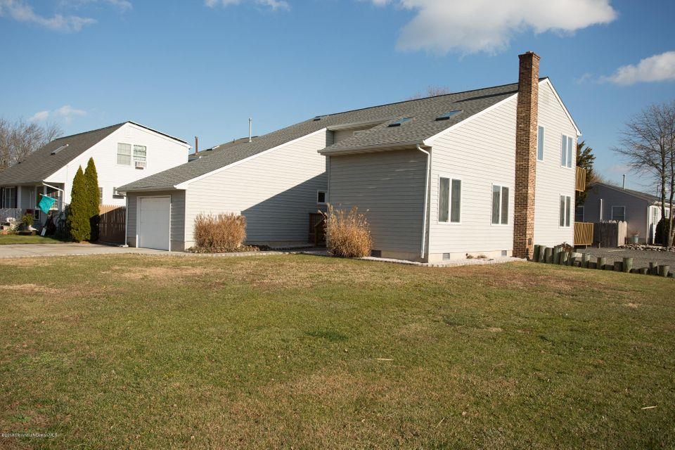 Additional photo for property listing at 99 Ocean Avenue  Waretown, New Jersey 08758 États-Unis