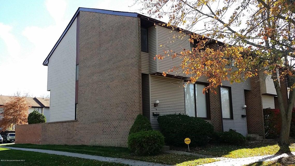 Maison unifamiliale pour l à louer à 110 Howsington Place East Windsor, New Jersey 08520 États-Unis