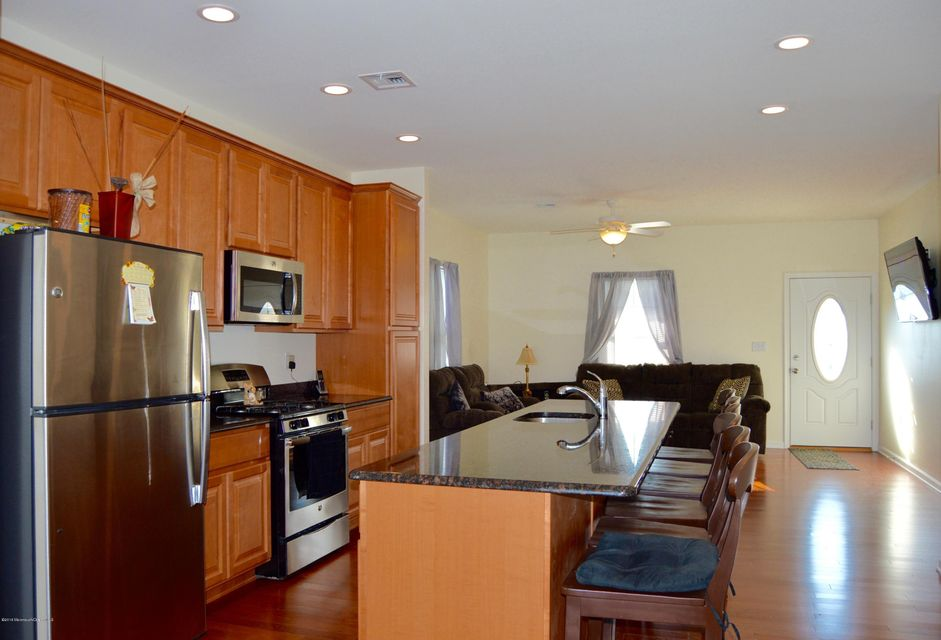 Additional photo for property listing at 1870 Windward Court  Toms River, Nueva Jersey 08753 Estados Unidos