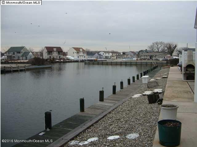 Additional photo for property listing at 22 Blue Heron Lane  Bayville, New Jersey 08721 États-Unis