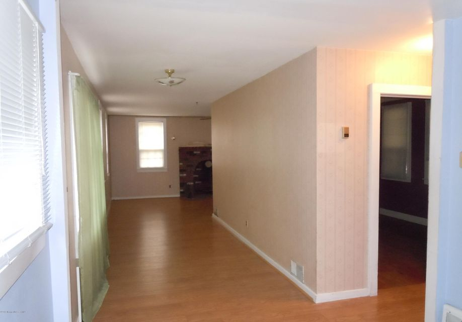 Additional photo for property listing at 27 Chapel Street  Waretown, Nueva Jersey 08758 Estados Unidos