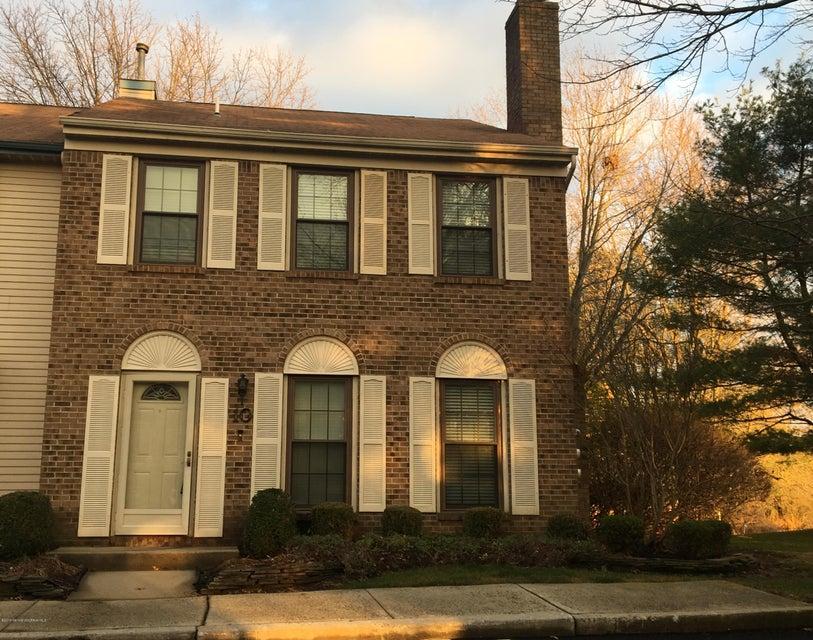 共管式独立产权公寓 为 出租 在 9 Victoria Court Freehold, 新泽西州 07728 美国