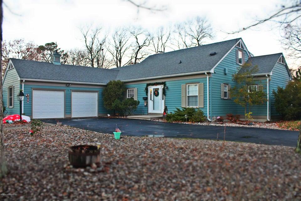 独户住宅 为 销售 在 734 Springfield Avenue Pine Beach, 08741 美国