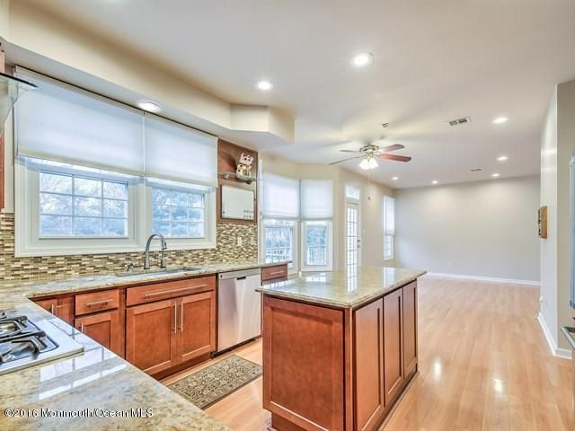 Additional photo for property listing at 19 Empress Court  Freehold, New Jersey 07728 United States