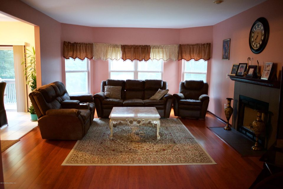 Additional photo for property listing at 28 Pioneer Court  Freehold, New Jersey 07728 United States