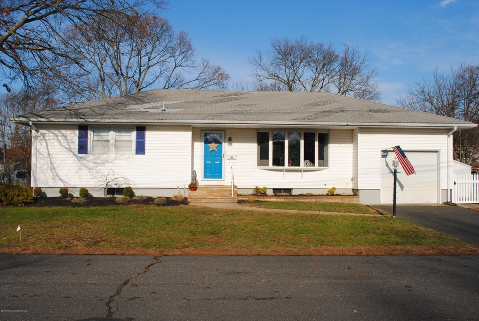 Maison unifamiliale pour l Vente à 2423 Hemlock Lane Point Pleasant, New Jersey 08742 États-Unis