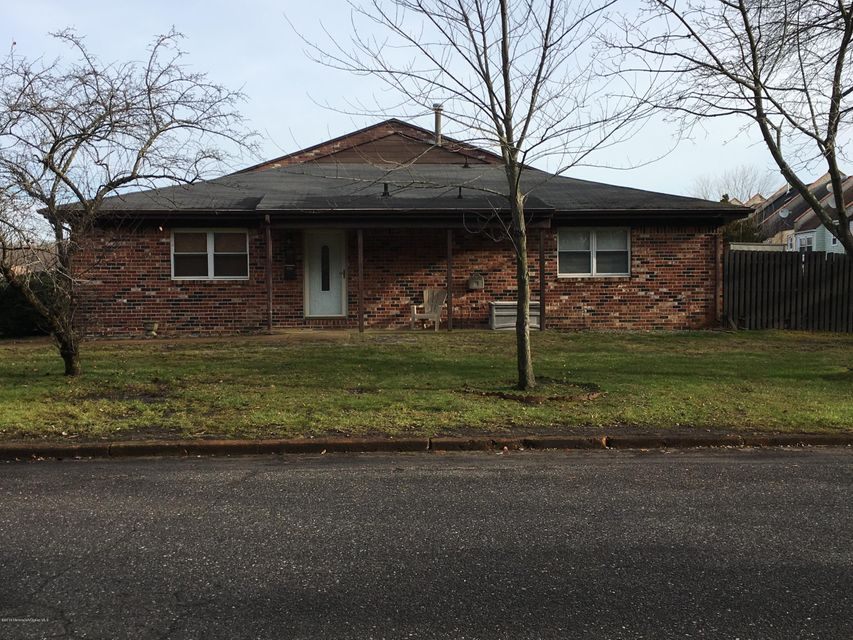 Additional photo for property listing at 148 Greenwood Loop Road  Brick, New Jersey 08724 États-Unis