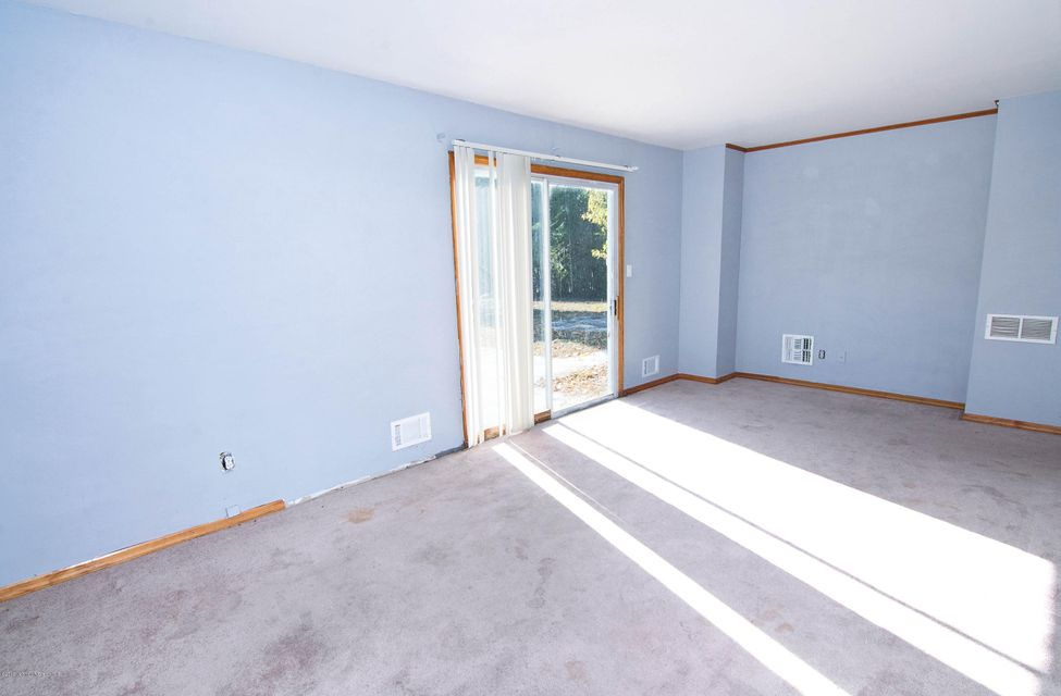 Additional photo for property listing at 47 Forrest Hill Drive  Howell, Nueva Jersey 07731 Estados Unidos