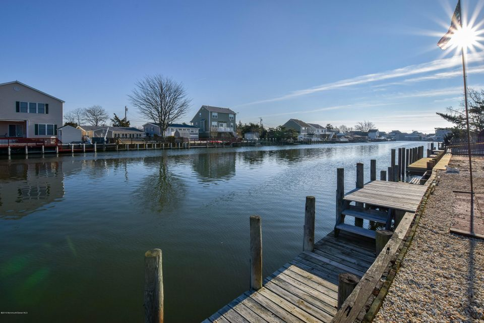 Additional photo for property listing at 944 Jennifer Lane  Beach Haven West, Nueva Jersey 08050 Estados Unidos