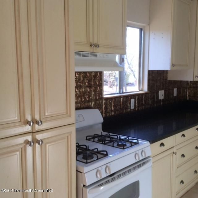 Additional photo for property listing at 3 Berkshire Court  杰克逊, 新泽西州 08527 美国