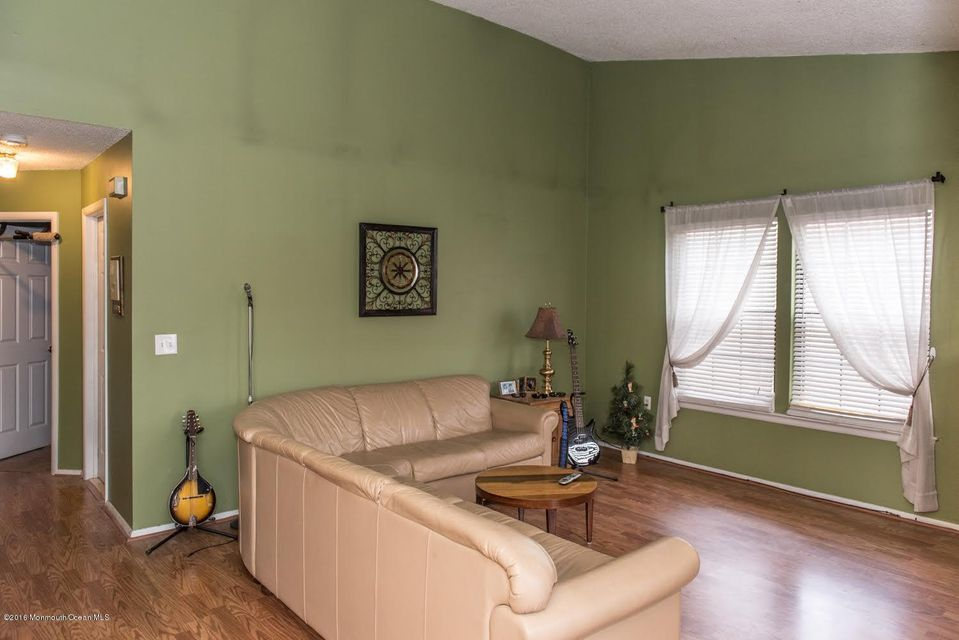 Additional photo for property listing at 1008 Morning Glory Court  Jackson, Nueva Jersey 08527 Estados Unidos
