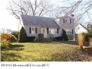 Maison unifamiliale pour l Vente à 320 Fairfield Avenue Elberon, New Jersey 07740 États-Unis