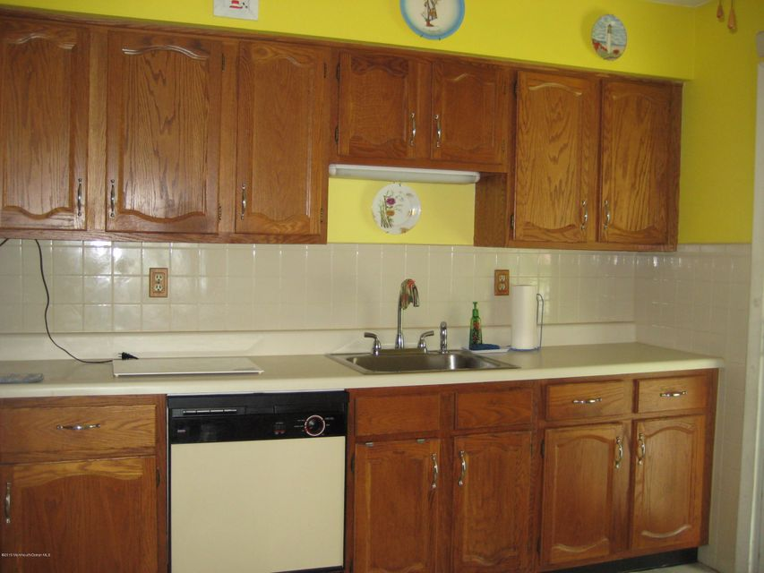 Additional photo for property listing at 1d Berwick Street  Whiting, 新泽西州 08759 美国