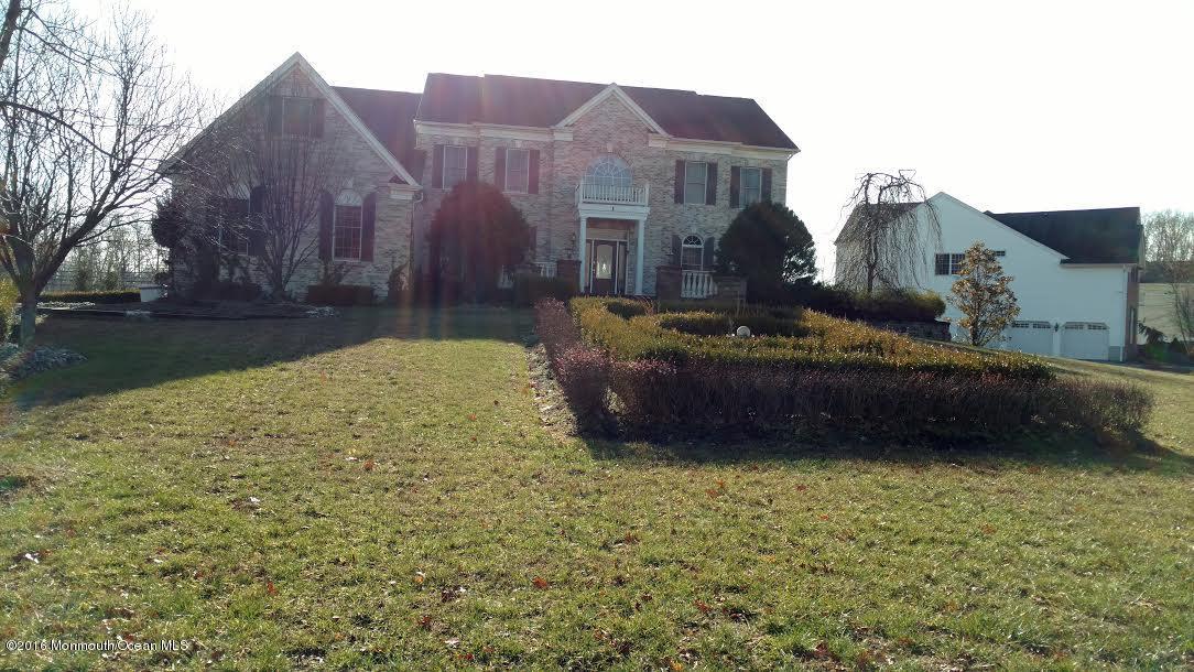 独户住宅 为 销售 在 1 Elkridge Way 纳拉潘市, 新泽西州 07726 美国