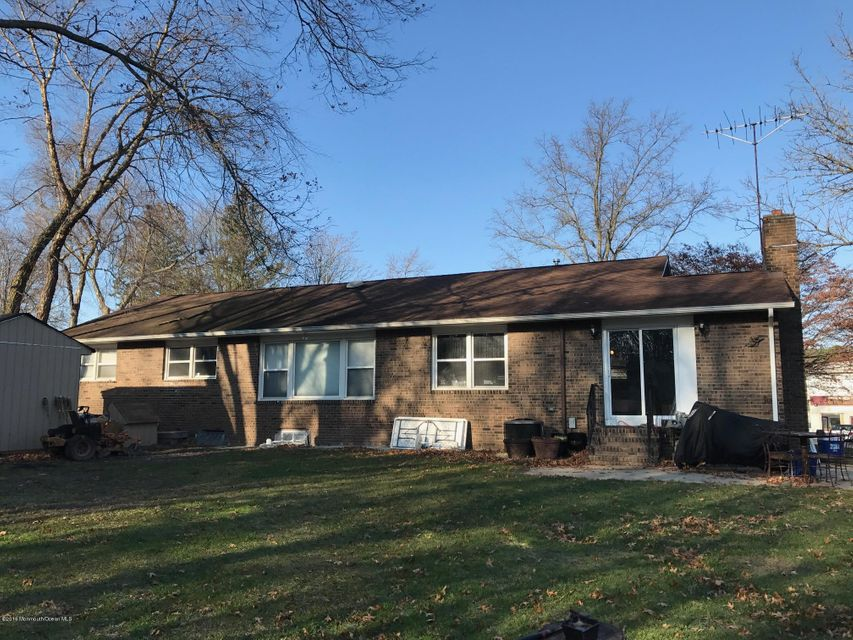 Additional photo for property listing at 85 Forge Street  Monroe, New Jersey 08831 États-Unis