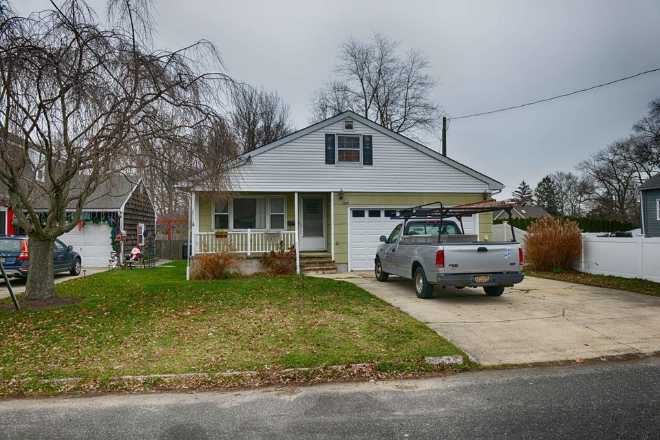 Single Family Home for Sale at 38 Ridge Avenue Manasquan, New Jersey 08736 United States