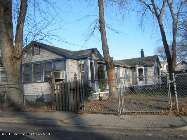 独户住宅 为 出租 在 52 Shoreland Terrace 米德尔敦, 07748 美国