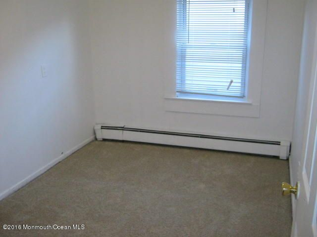 Additional photo for property listing at 52 Shoreland Terrace  Middletown, New Jersey 07748 États-Unis