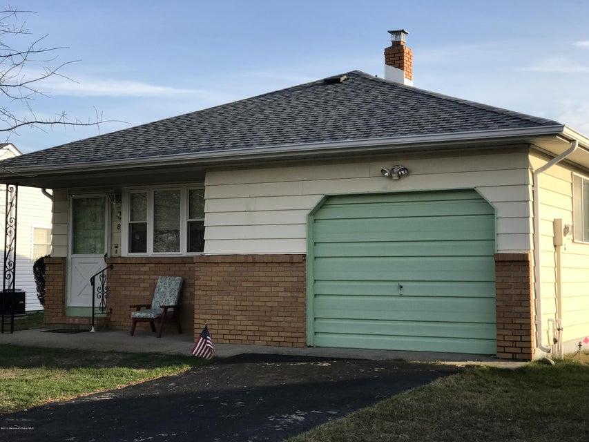 独户住宅 为 销售 在 8 Bequia Court 汤姆斯河, 新泽西州 08757 美国