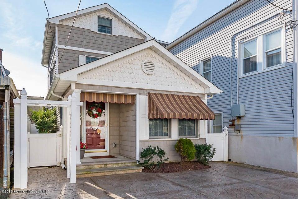 Maison unifamiliale pour l Vente à 57 Porter Avenue Seaside Park, New Jersey 08752 États-Unis