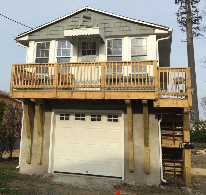 Maison unifamiliale pour l Vente à 19 Meadowbrook Avenue Rumson, New Jersey 07760 États-Unis