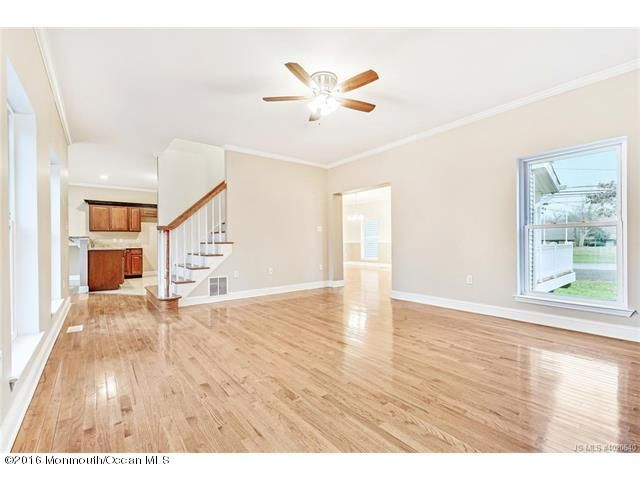 Additional photo for property listing at 411 Beach Avenue  Manahawkin, 新泽西州 08050 美国