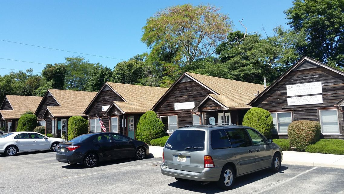 Commercial for Sale at 102 Bay Avenue Manahawkin, New Jersey 08050 United States