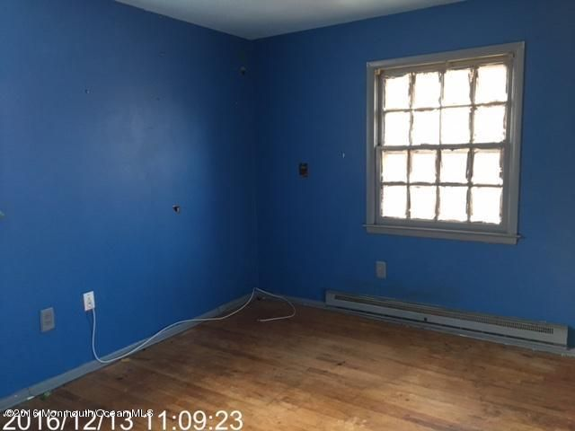 Additional photo for property listing at 809 Maple Road  Lanoka Harbor, New Jersey 08734 United States