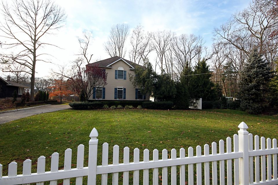 Additional photo for property listing at 29 Muhlenbrink Road  Colts Neck, 新泽西州 07722 美国