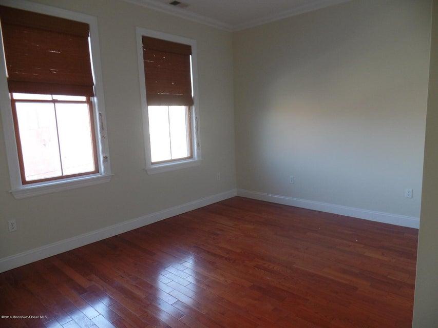 Additional photo for property listing at 610 Mattison Avenue  Asbury Park, Nueva Jersey 07712 Estados Unidos