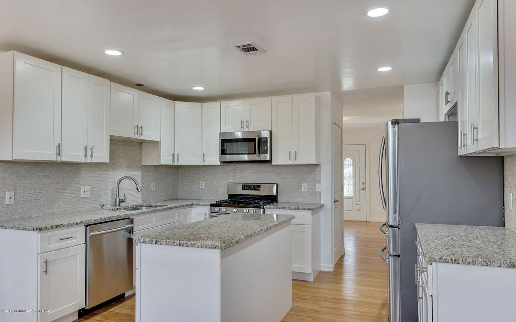 Additional photo for property listing at 15 Morgan Drive  Barnegat, New Jersey 08005 United States