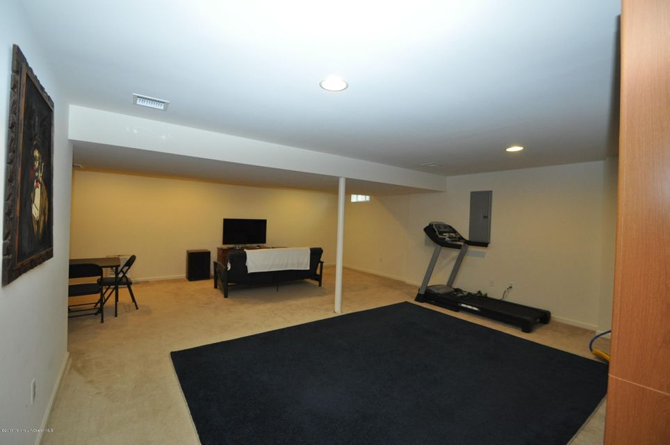 Additional photo for property listing at 6 Bobstay Road  Barnegat, New Jersey 08005 États-Unis
