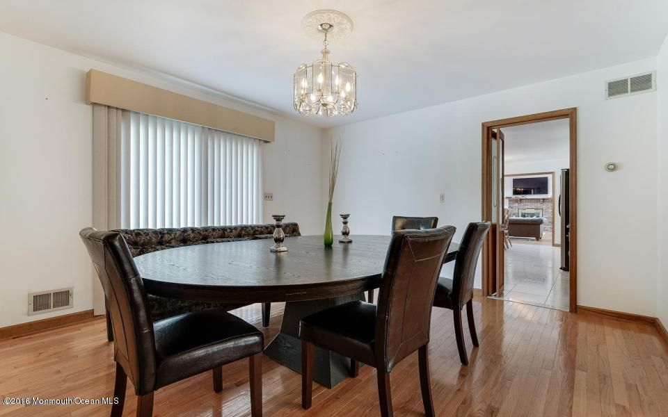 Additional photo for property listing at 7107 Prospect Avenue  Atlantic Highlands, New Jersey 07716 États-Unis