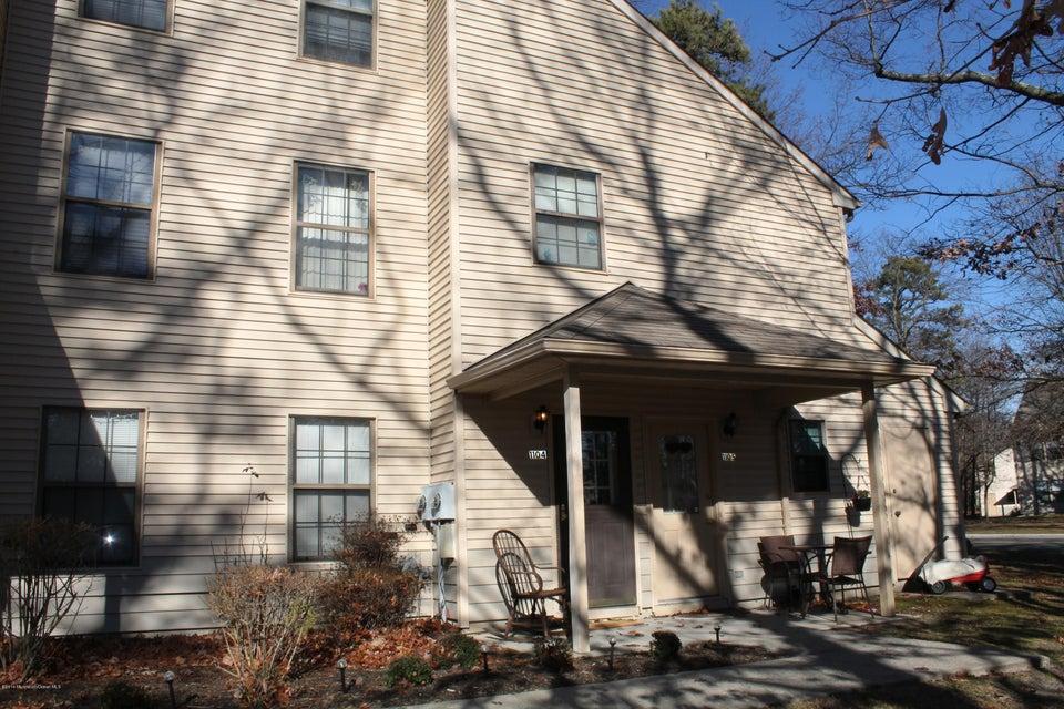 Condominio por un Venta en 1104 Fern Court Jackson, Nueva Jersey 08527 Estados Unidos