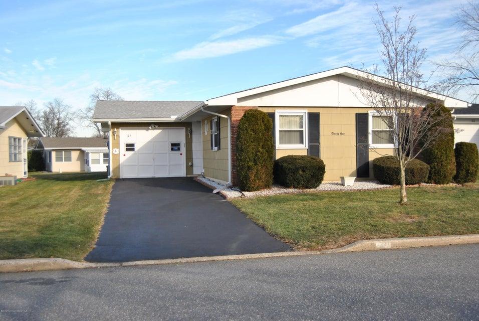 Additional photo for property listing at 31 Dekker Court  Brick, New Jersey 08724 États-Unis
