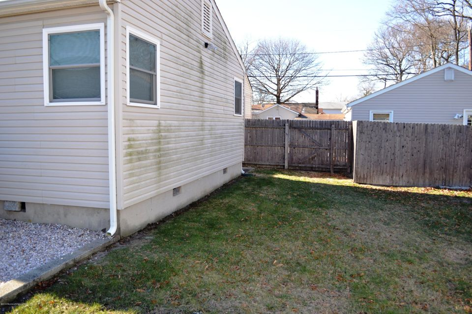 Additional photo for property listing at 137 Port Monmouth Road  Keansburg, New Jersey 07734 United States