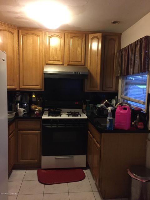Additional photo for property listing at 21 Kendall Road  East Brunswick, Nueva Jersey 08816 Estados Unidos