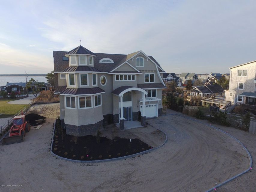 Additional photo for property listing at 1406 Ocean Avenue  Mantoloking, New Jersey 08738 United States