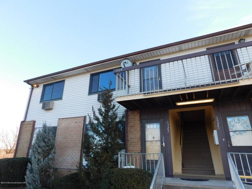 Appartement en copropriété pour l Vente à 1324 Cricket Lane Woodbridge, New Jersey 07095 États-Unis