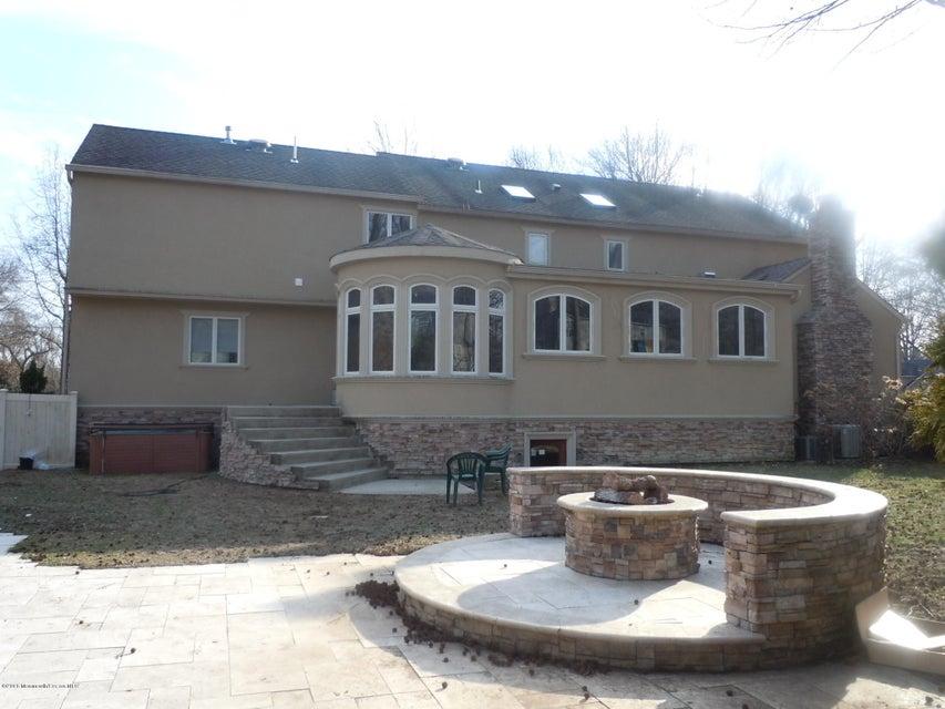 Additional photo for property listing at 62 Lehigh Drive  Lincroft, Nueva Jersey 07738 Estados Unidos