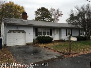 独户住宅 为 销售 在 1229 Anchor Avenue Beachwood, 新泽西州 08722 美国