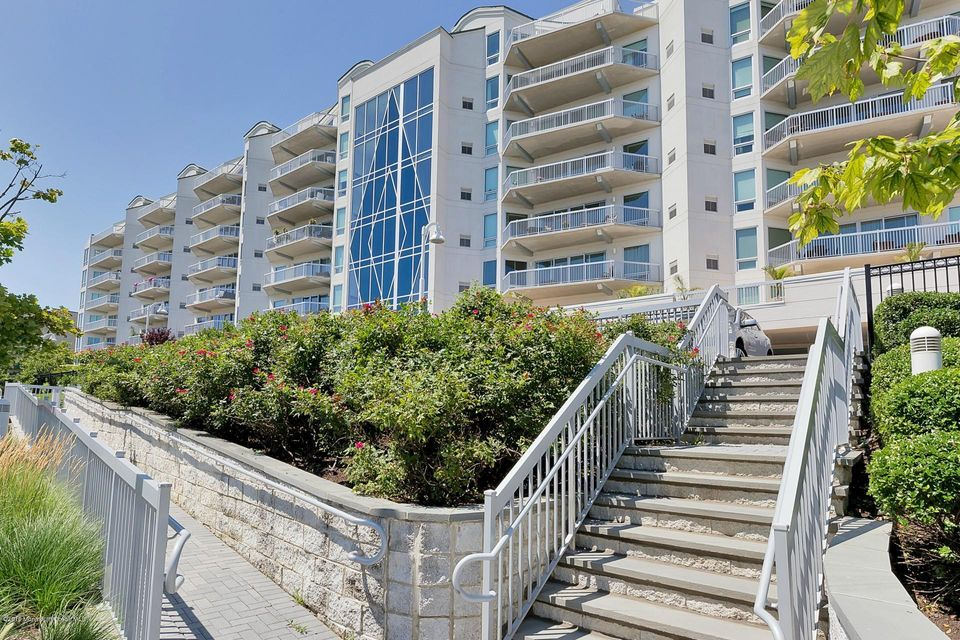 Condominium for Rent at 432 Ocean Boulevard Long Branch, 07740 United States