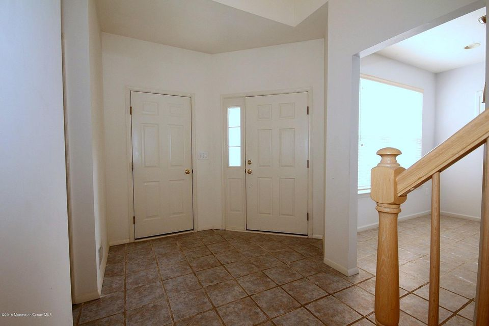 Additional photo for property listing at 2458 Robin Way  Manasquan, New Jersey 08736 États-Unis