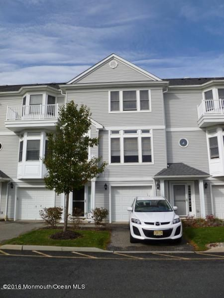 Casa Unifamiliar por un Alquiler en 409 Captains Way Neptune, Nueva Jersey 07753 Estados Unidos