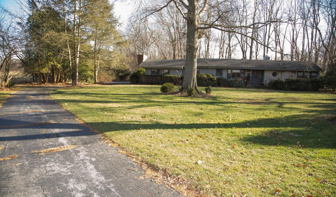 Additional photo for property listing at 8 Willow Road  Holmdel, Nueva Jersey 07733 Estados Unidos