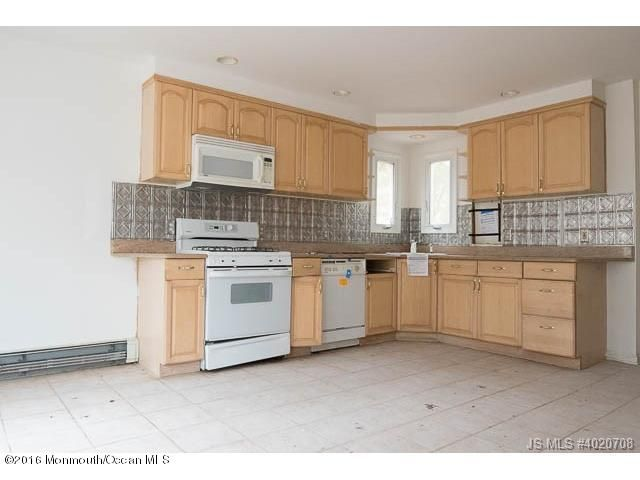 Additional photo for property listing at 338 Jackson Mills Road  Freehold, New Jersey 07728 United States